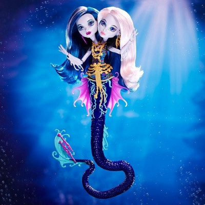 MONSTER HIGH GREAT SCARIER REEF - PERI & PEARL SERPENTINE 30CM de la categoría Monster High
