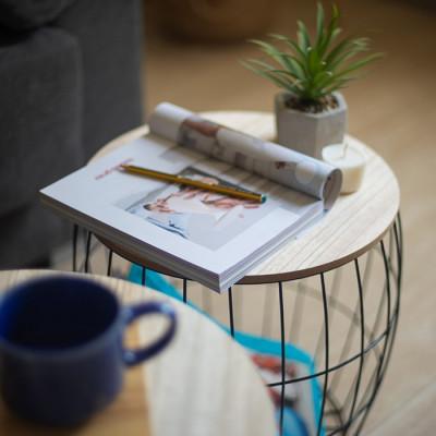 Mesa metal negro y madera...