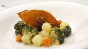 verduras-al-vapor-con-crujiente-de-jamon