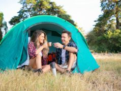 que-llevar-a-una-acampada